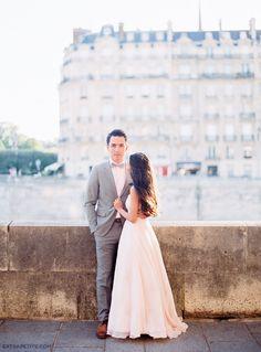 Engagement photo shoot in Paris - River Seine / Ile Saint Louis (by Le Secret D'Audrey)