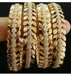 Bangles #GoldJewelleryBangles