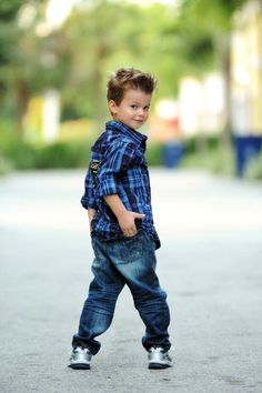 Portrait of a handsome young boy by Domino Arts Photography Little Boy Photography, Children Photography Poses, Children Poses, Toddler Boy Photography, Art Children, Boy Pictures, Boy Photos, Family Pictures, Little Boy Poses