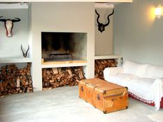 Mooi aards by Bloemendal Guest Cottage. Indoor Bbq, Built In Braai, Brick Bbq, Outside Room, Self Catering Cottages, Home Fireplace, Home Reno, House In The Woods, Outdoor Living