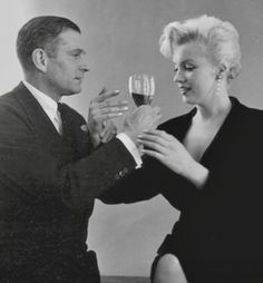 Marilyn with Laurence Olivier - 1956