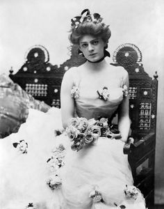 Ethel Barrymore in 1901 in one of the famous dresses from Captain Jinks of the Horse Marines. Ethel Barrymore (1879-1959)