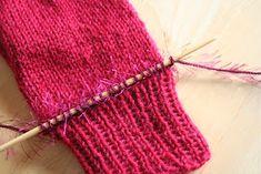 Pia Tuonosen neuleblogi: Siililapaset Knit Crochet, Knitting, Crafts, Fashion, Sink Tops, Breien, Moda, Manualidades, Tricot