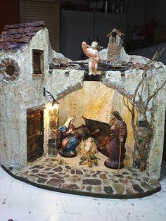 German Christmas, Christmas Nativity, Diy Crib, Fairy Garden Houses, All Things Christmas, Diorama, Ideas Para, Cribs, Christmas Decorations