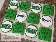 Incredible Hulk cookies by Cupcake Couture Carthage Iced Cookies, Royal Icing Cookies, Cupcake Cookies, Sugar Cookies, Hulk Party, Hulk Birthday, Cupcake Couture, Super Heros, Decorated Cookies