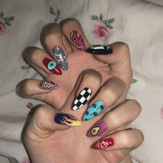 You might also like:Hello kitty long nail artSilver t-shirt auburn hairCute oval shaped short nailsOrange details - nail art Edgy Nails, Aycrlic Nails, Grunge Nails, Funky Nails, Stylish Nails, Trendy Nails, Swag Nails, Hair And Nails, Coffin Nails