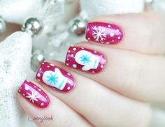 Christmas Nail Art With Snowflakes and Mittens