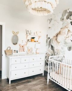 Today we are sharing 44 Space Saving Hacks for a Stylish Nursery Design. With these smart small nursery design ideas, you'll be able to maximize the space in your baby's nursery, organize your baby's room and create a beautiful space just for baby. Baby Girl Nursery Decor, Baby Bedroom, Nursery Design, Baby Room Decor, Nursery Room, Girls Bedroom, Nursery Ideas, Project Nursery, Blush Nursery