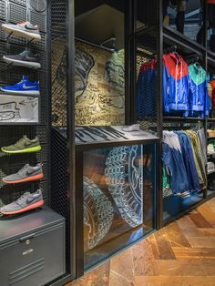 Nike Flatiron: Runners Catalyst by Daniel R. Whiteneck, via Behance