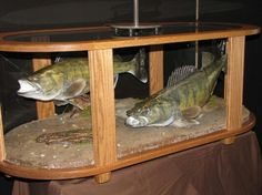 Fish Mount table