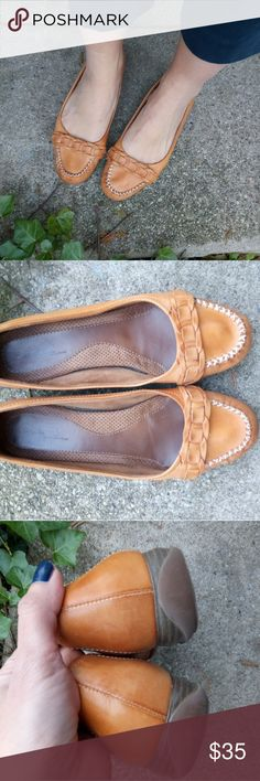 Tan Leather Naturalizer Kassandra Loafers Natural Soul by Naturalizer leather loafers. These are in fantastic condition. Very soft leather, comfy sole. Sad these are slightly too big for me. Naturalizer Shoes Flats & Loafers
