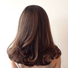 42 Trendy Ideas For Hair Highlights Curly Makeup Medium Hair Styles, Curly Hair Styles, Brunette Hair, Brunette Color, Bad Hair, Hair Highlights, Ombre Hair, Balayage Hair, Gorgeous Hair