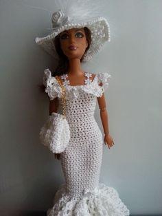 vêtement poupée mannequin Barbie (301)