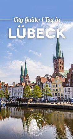 Unsere Lübeck Tipps, Highlights und Sehenswürdigkeiten für einen Tag [+ Hotels und Touren] Places Around The World, Around The Worlds, Work Travel, Travel Packing, Germany Travel, Hotels, Big Ben, In The Heights, Places Ive Been
