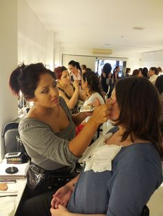 Makeup makeup makeup, todos los días y a todas horas. Nos encanta el #maquillaje.
