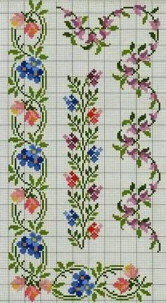 Fleurs point de croix