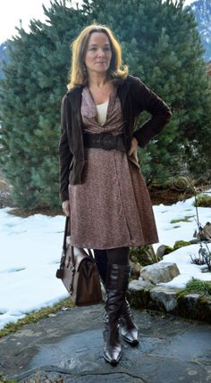 Lady of Style. A Fashion Blog for Mature Women. pinning this so i can make sure that i'm this stylish when i'm older.