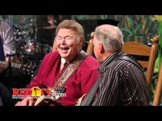 """Country Family Reunion - Hee Haw """"Pickin and Grinnin"""" RIP #GeorgeLindsey"""