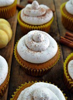 Vegan Pumpkin Cupcakes - 14 Very Appealing Vegan Thanksgiving Recipes
