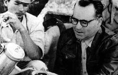 João Guimarães Rosa, na viagem ao Sertão Mineiro, em 1952. [Foto: Eugênio Siva/ revista 'O Cruzeiro']