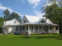 Coastal Farmhouse Plan 137-252