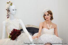 """Nuestra madrina de Novia Chic ´12, posando """"muy chic"""" con Amparo :D, en Enfant Terrible. www.monicaaragon.com"""