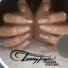 Nude Nails + Rose Gold  #tammytaylor