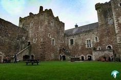 Scotland Trip, Scotland Castles, Scottish Castles, Scotland Travel, Outlander Filming Locations, Clan Buchanan, Scotland Landscape, Stirling Castle, European Holidays