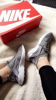 Grey huaraches ultra