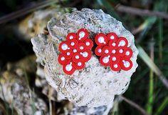 Cukorpalantak / Bielo červené soutache náušnice