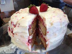 Pioneer Meets Amish: Strawberry Shortcake Cake