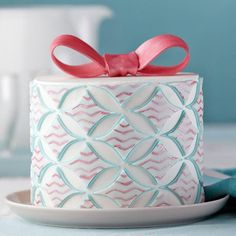 Diamond Designs Geometric Fondant Cake