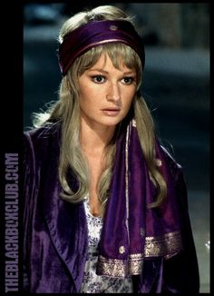 The Black Box Club: HAMMER FILM PRODUCTIONS: 'THE STEPHANIE BEACHAM DRACULA AD 1972 GALLERY' LARGE COLOUR PHOTOGRAPHS! MORE TO COME!