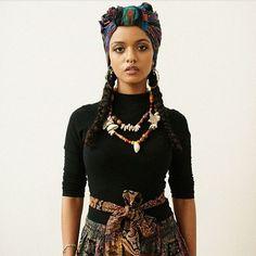 Hair wrap on Natural Afro Textured Hair Black Girl Magic, Black Girls, Black Women, Grunge Hipster, Mode Turban, Curly Hair Styles, Natural Hair Styles, Headwraps For Natural Hair, Pelo Afro