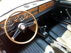 Fiat 124 Spider - First Drive | Eurekar