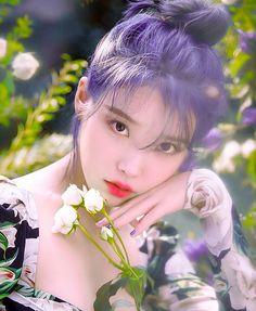 #아이유 hashtag on Twitter Korean Beauty, Asian Beauty, Cute Korean Girl, Iu Fashion, Korean Actresses, Beautiful Asian Girls, Ulzzang Girl, Blue Hair, Girl Crushes