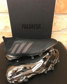 Adidas Soccer Boots, Adidas Cleats, Adidas Football, Soccer Shoes, Custom Football Cleats, Best Soccer Cleats, Rugby Gear, Soccer Gear, Cool Football Boots
