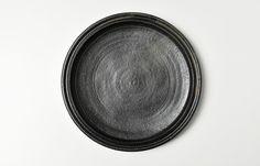 八木橋昇 黒釉リム深皿