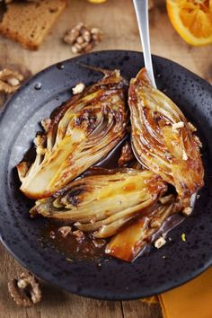 Braised endives with orange and gingerbread - chefNini - accompagnement - Vegetarian Recipes Vegetarian Appetizers, Appetizer Recipes, Vegetarian Recipes, Healthy Recipes, Dinner Recipes, Cooking Chef, Cooking Recipes, Vegan Dishes, Fall Recipes