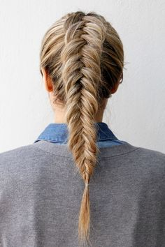 The French braid is very simple to do and also looks perfect for any kind of outfit. Thanks to these French braid hairstyles all eyes will be in your hair and you. Here are beautiful and unique french braid hairstyles. Fishtail Braid Hairstyles, Braided Hairstyles, Fishtail Ponytail, Updo Hairstyle, Prom Hairstyles, Braided Updo, Waitress Hairstyles For Long Hair, Mermaid Hairstyles, Twisted Ponytail