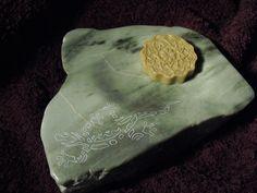 """Porte-savon """"Salamandre"""" en pierre de stéatite. Unique, original, naturel..."""