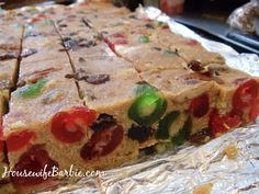 An American Housewife: No Bake Fruitcake Bars - Christmas Baking Classic Cake Bars, Dessert Bars, Baking Recipes, Cookie Recipes, Dessert Recipes, Candy Recipes, Holiday Baking, Christmas Baking, Christmas Snacks