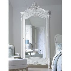 Versailles Mirrored Armoire <3