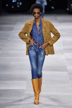 Celine Spring 2020 Ready-to-Wear Fashion Show - Vogue Fashion Mode, Fashion 2020, Denim Fashion, High Fashion, Fashion Trends, Fashion Tips, Celine, Fashion Week Paris, Couture Mode