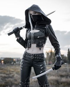 Gothic Outfits, Emo Outfits, Fashion Outfits, Hot Goth Girls, Gothic Girls, Boy Photography Poses, Girl Photo Poses, Attitude Status Girls, Aesthetic Grunge Outfit