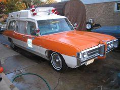 1969 Pontiac Superior ambulance ✏✏✏✏✏✏✏✏✏✏✏✏✏✏✏✏ IDEE CADEAU   ☞ http://gabyfeeriefr.tumblr.com/archive .....................................................   CUTE GIFT IDEA  ☞ http://frenchvintagejewelryen.tumblr.com/archive   ✏✏✏✏✏✏✏✏✏✏✏✏✏✏✏✏
