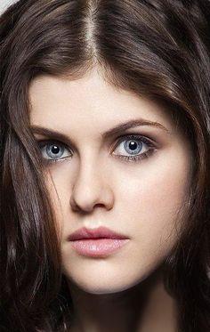 Alexandra Daddario Bellos Ojos