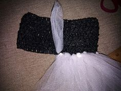 How to make a tutu dress!!! SO EASY!!! WENDY.... Totally could make an apple tutu or mermaid tutu like this for cheeto!