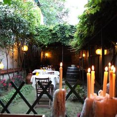 [#Romantic Restaurant and Wine Tasting in #Florence] Enoteca le Barrique - a tucked away enoteca glowing in candlelight that represents an ultimate romantic Florentine dining experience