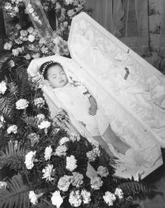 John C. Gordon Photographic Collection (SJSU) - Deceased children